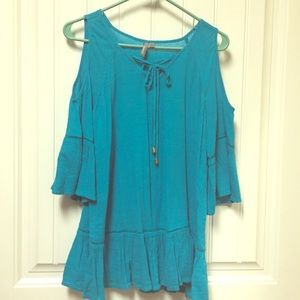 Pretty teal cold shoulder tunic.